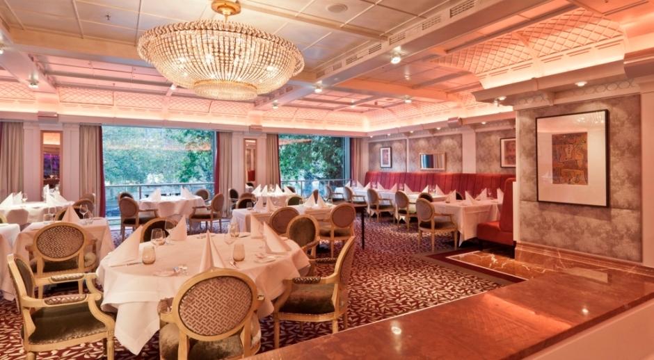 Brasserie 1806 nach Relaunch durch KERN-DESIGN, Frankfurt