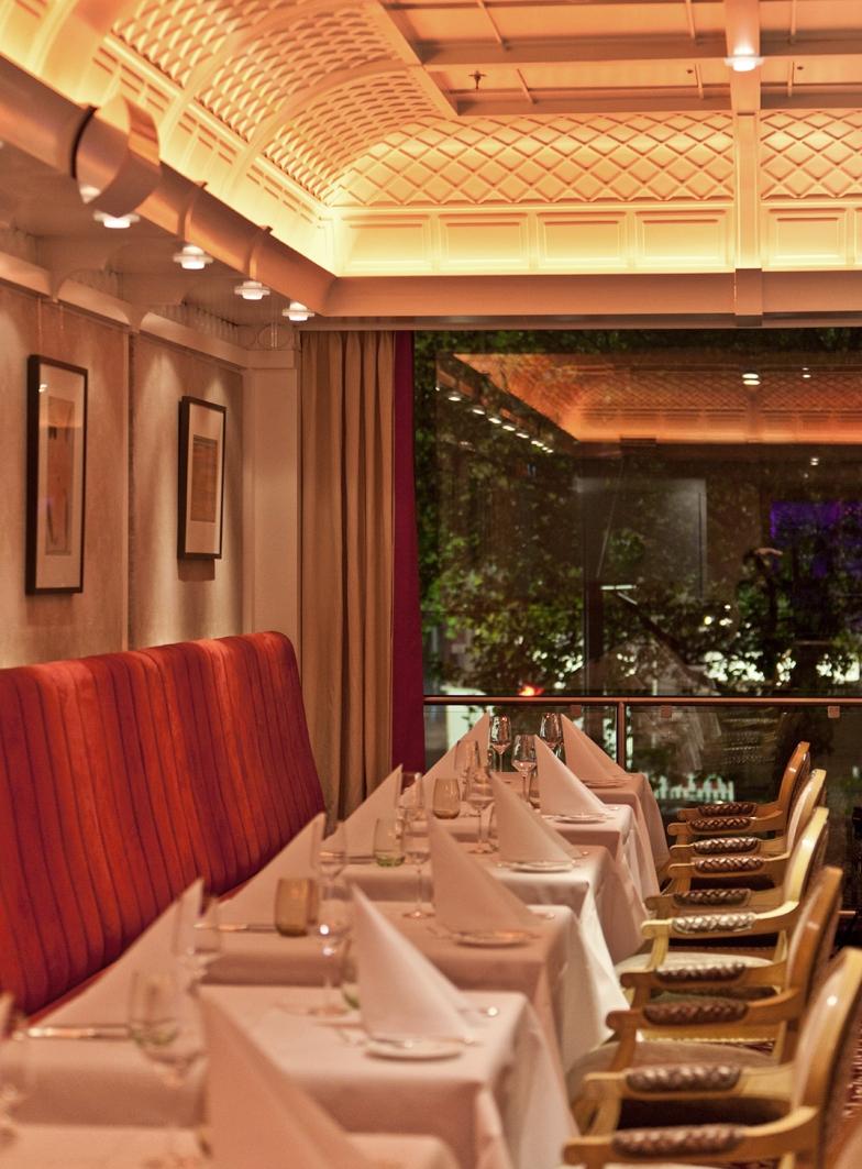 """Brasserie 1806"""" – sensibler Relaunch durch KERN-DESIGN, Frankfurt/M ..."""